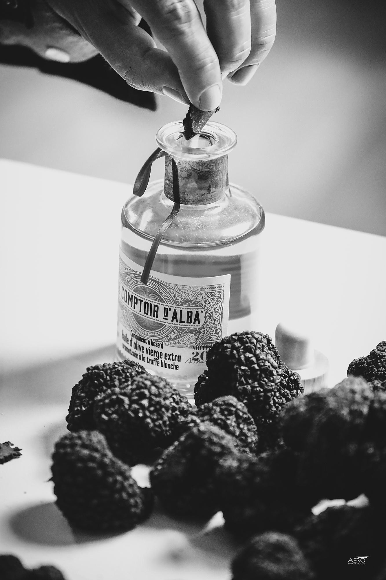 découvrez l'huile et le vinaigre à la truffe